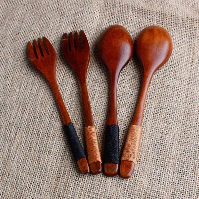Dřevěný set 2 lžíce, 2 vidličky
