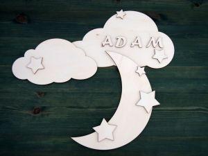 Dřevěná dekorace na míru mraky a měsíc se jménem