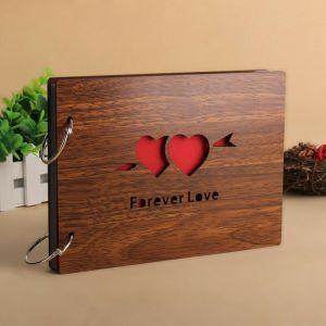 Fotoalbum s dřevěnými deskami LOVE