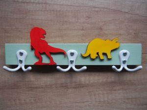 Věšák se 3 dvojitými háčky dinosauři