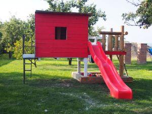 Dětské zahradní domky a hřiště