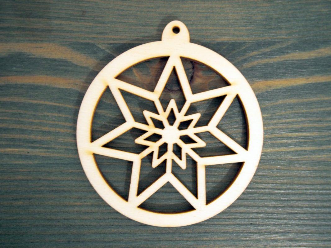 Dřevěná vánoční ozdoba hvězda v kruhu