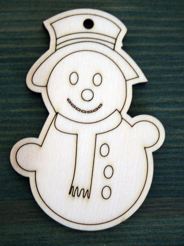 Dřevěná vánoční ozdoba sněhulák