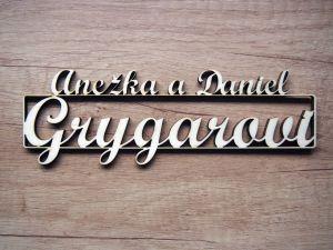 Jmenovka na dveře, výřezy jmen