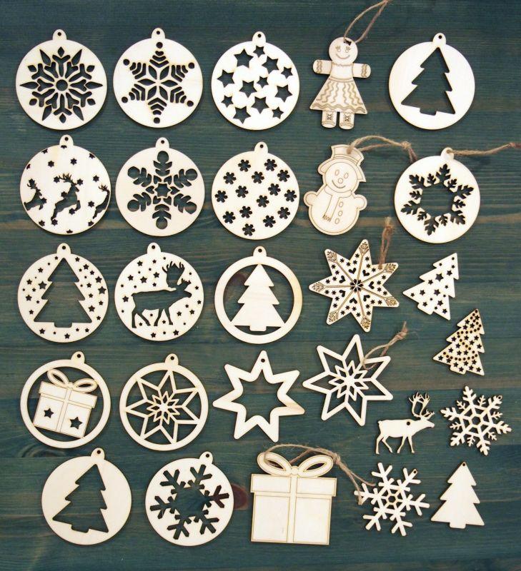 Sada 27ks dřevěných vánočních ozdob