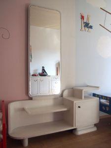 Toaletka se zrcadlem retro renovovaná