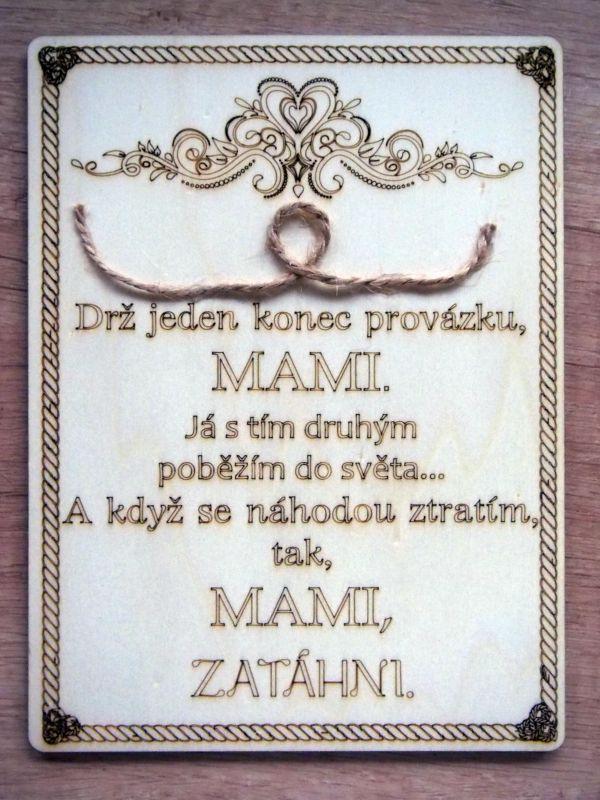 Dřevěná cedulka s citátem pro mámu/tátu