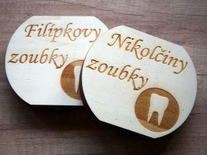 Dřevěná krabička na mléčné zoubky s českými popisky na míru