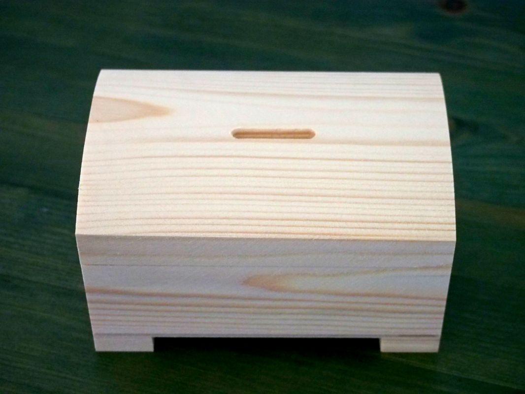Dřevěná pokladnička/truhlička 14x9x8cm