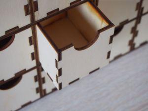 Dřevěný organizér se šuplíčky, adventní kalendář