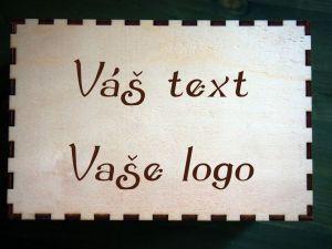 Krabička s víkem s vlastním textem/logem