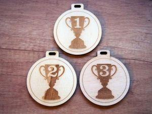 Medaile dřevěná  3ks pohár