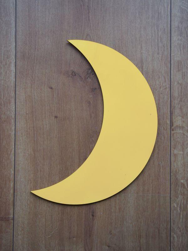 Měsíc dřevěný, nalepovací