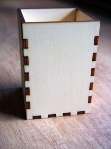 Stojan na tužky, kancelářské potřeby dřevěný