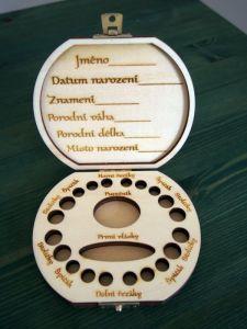 Dřevěná krabička na mléčné zoubky s českými popisky s vílou a jménem