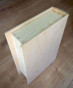 """Dřevěná skříňka """"knížka"""""""