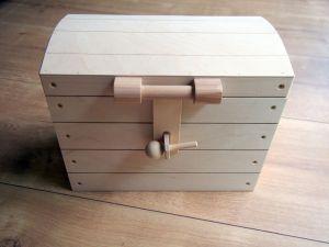 Dřevěná truhla 36x19,5x29cm