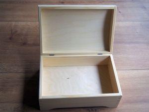 Dřevěná truhlička 30x20x13,5
