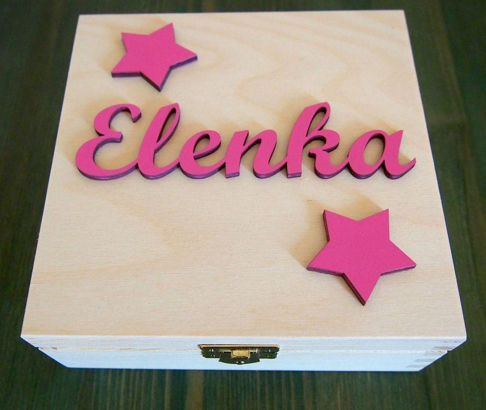 Dřevěná zavírací krabička se jménem a hvězdami