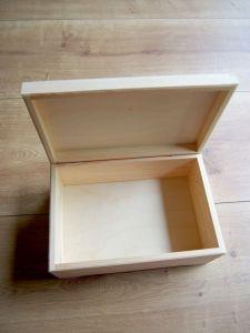 Dřevěný box s výklopným víkem 30x20x13,5