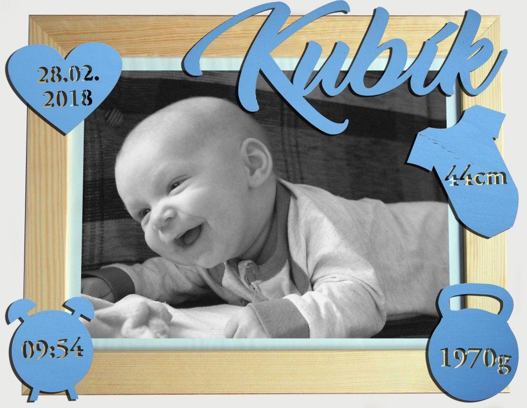 Dřevěný fotorámeček 30x40cm s vyřezávanými porodními údaji