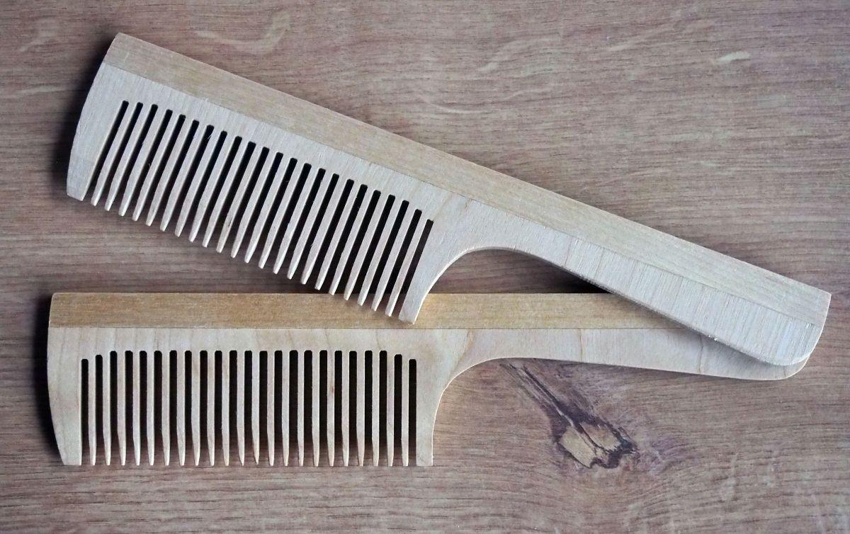 Dřevěný hřeben 02