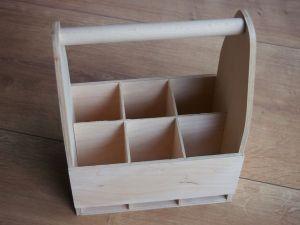 Dřevěný nosič na 6piv s přihrádkami