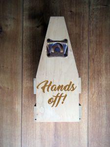 Dřevěný nosič na 8piv s otvírákem a gravírováním
