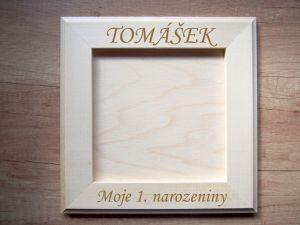 Dřevěný rámeček na fotky s gravírováním