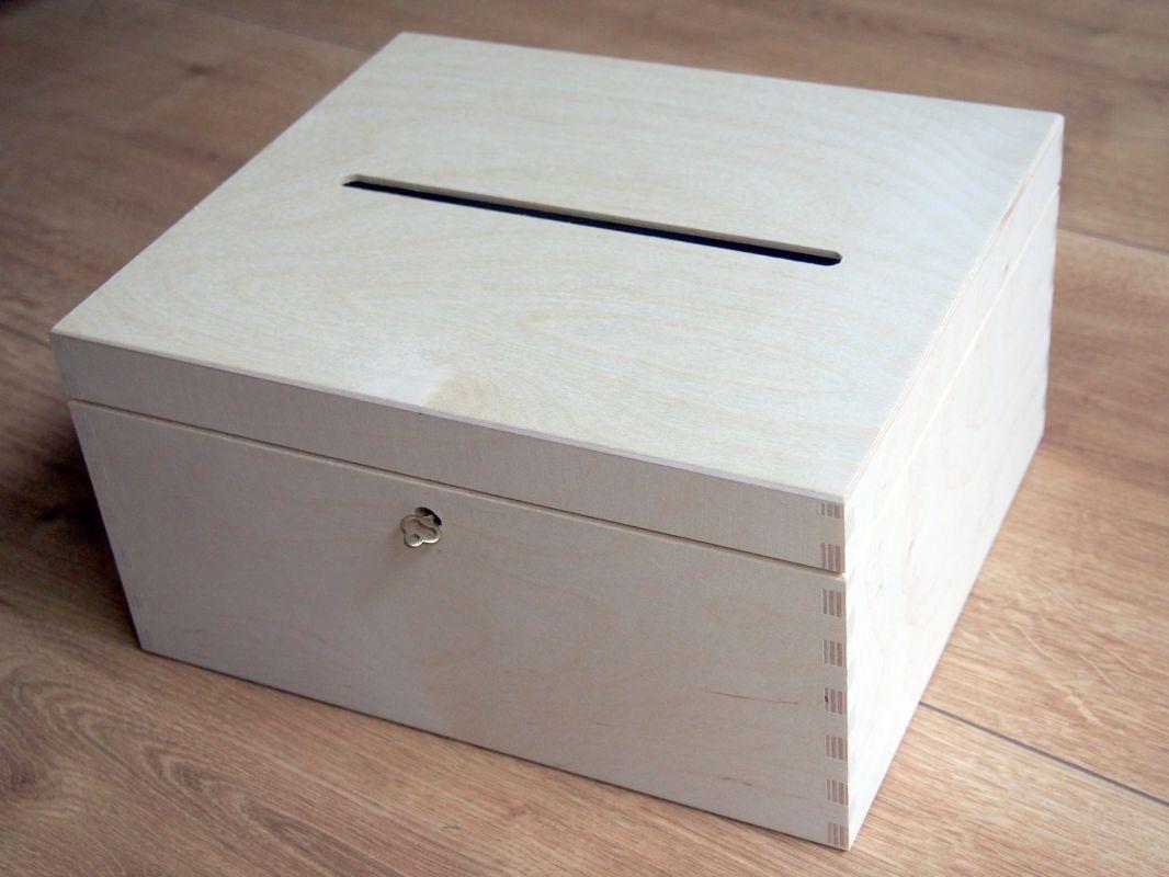 Dřevěný zamykací box na obálky 29x25x15