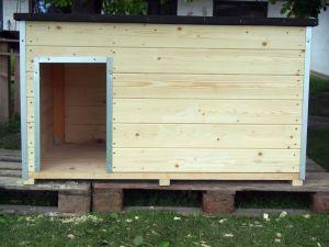 Střechy, pergoly, dětské domečky, psí boudy