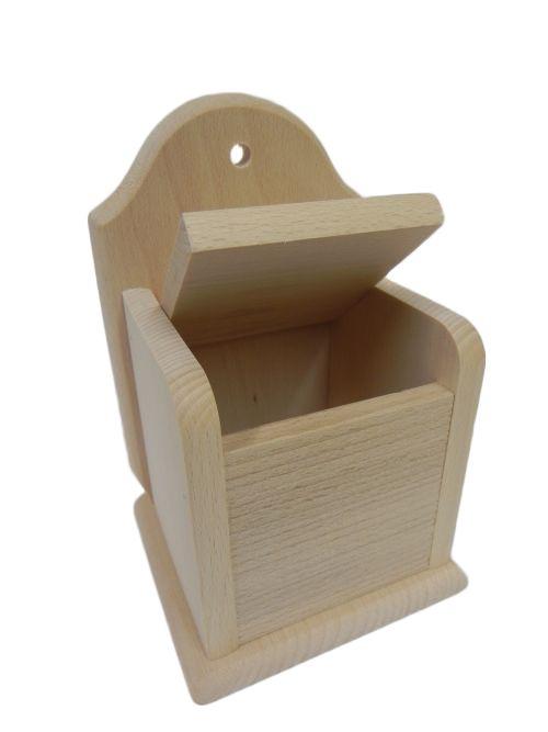 Dřevěná solnička
