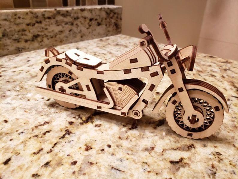 Dřevěné 3D puzzle, skládačka moto indian