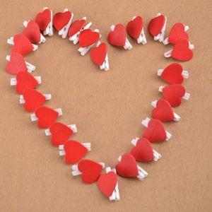 Malé dřevěné kolíčky se srdcem 20kusů